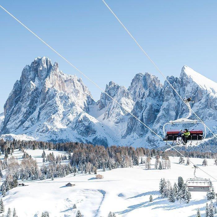 Winterurlaub in den Südtiroler Bergen nahe der Seiser Alm